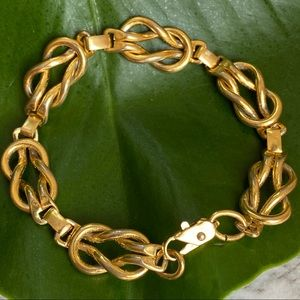 🎉5/20 SALE🎉vintage gold love knot chain bracelet